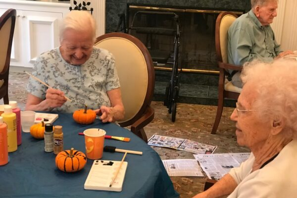 hills-of-cumberland-village-aiken-south-carolina-pumpkin-painting-party